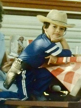 Young Jesse Aaron Dwyre in cowboy gear